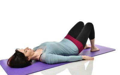 3 Minuten Beckenboden-Übung gegen Rückenschmerzen